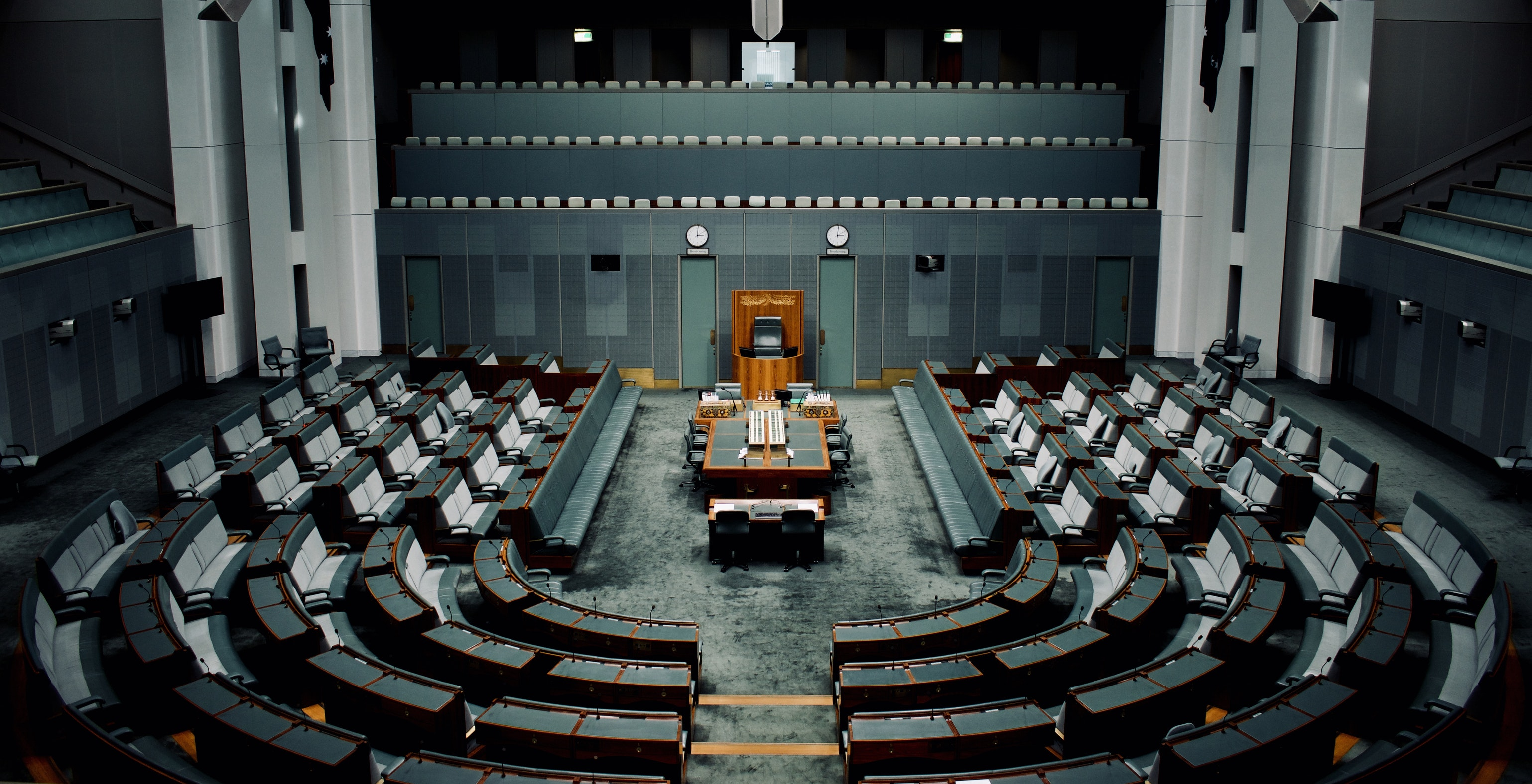 INSIDE THE 'CANBERRA BUBBLE': THE EVOLUTION OF QUESTION TIME